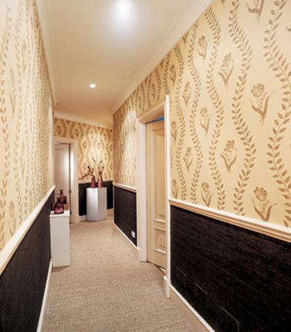 La iluminaci n en pasillos estrechos - Decoracion en pasillos ...