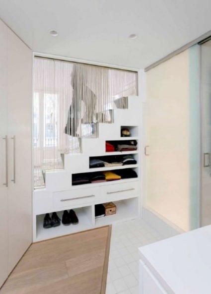 Aprovecha el espacio bajo las escaleras for Closet en escaleras