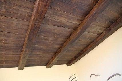 Vigas de madera artificial para ambientes r sticos - Vigas de madera huecas ...