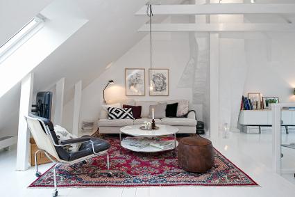 Piso duplex con estilo n rdico decoratrucosdecoratrucos for Apartamentos pequenos bien decorados