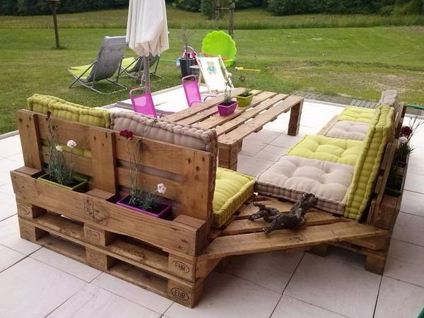 Propuestas con palets de madera decoratrucosdecoratrucos - Salon de jardin avec palette ...
