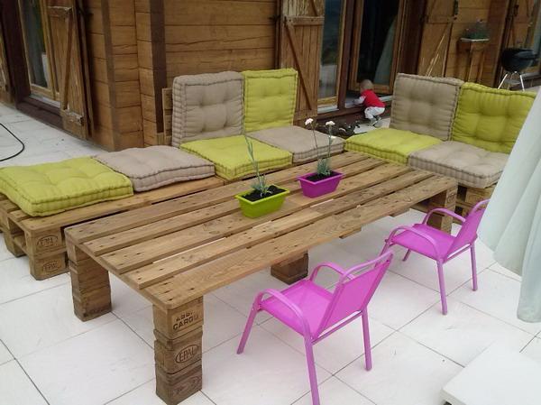 Muebles de exterior hechos con palets de madera