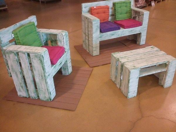 Muebles pequeños con palets de madera