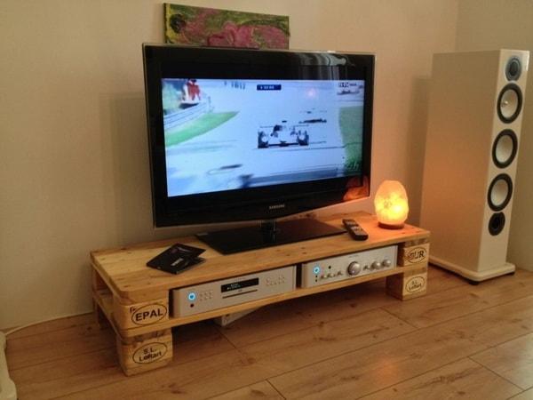 Muebles para el TV con palets de madera