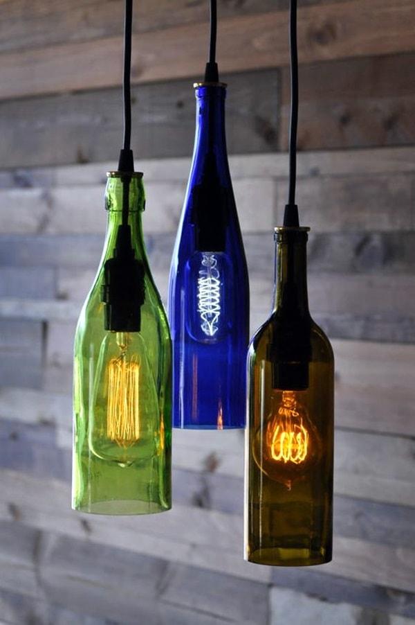 Originales lámparas con botellas de vidrio recicladas