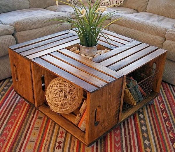 Mesa de centro con cajas de madera