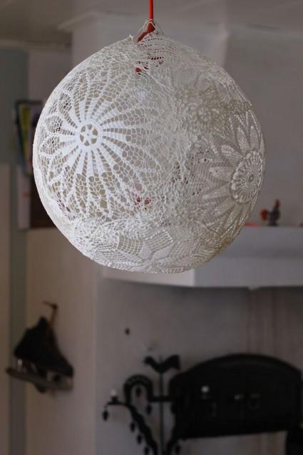 ideas para hacer lamparas de techo Cmo Hacer Una Lmpara De Encajes DecoraTrucos