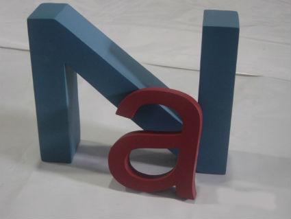 Letras gigantes en poliespan