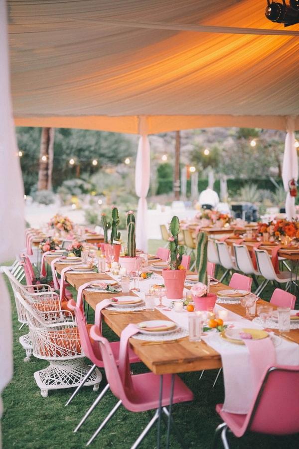 Mesas de fiestas decoradas con cactus