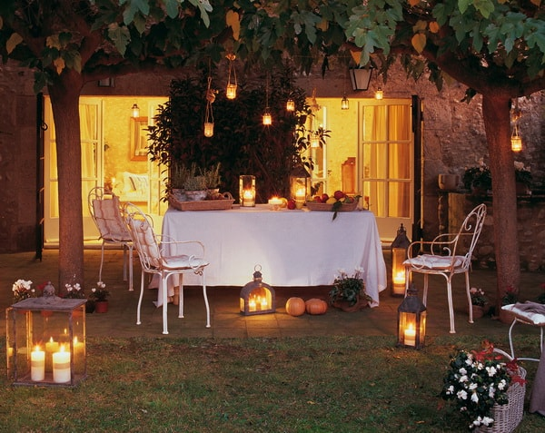 Decoración de exteriores con velas