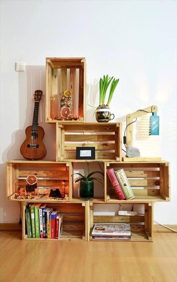 Muebles hechos con cajas de madera recicladas
