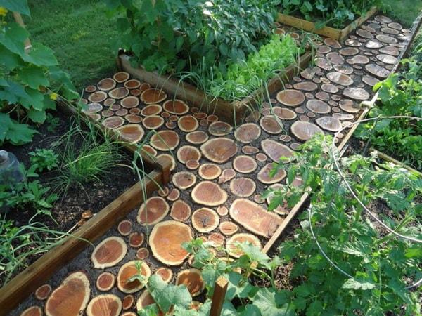 Senderos para jardines hechos con troncos
