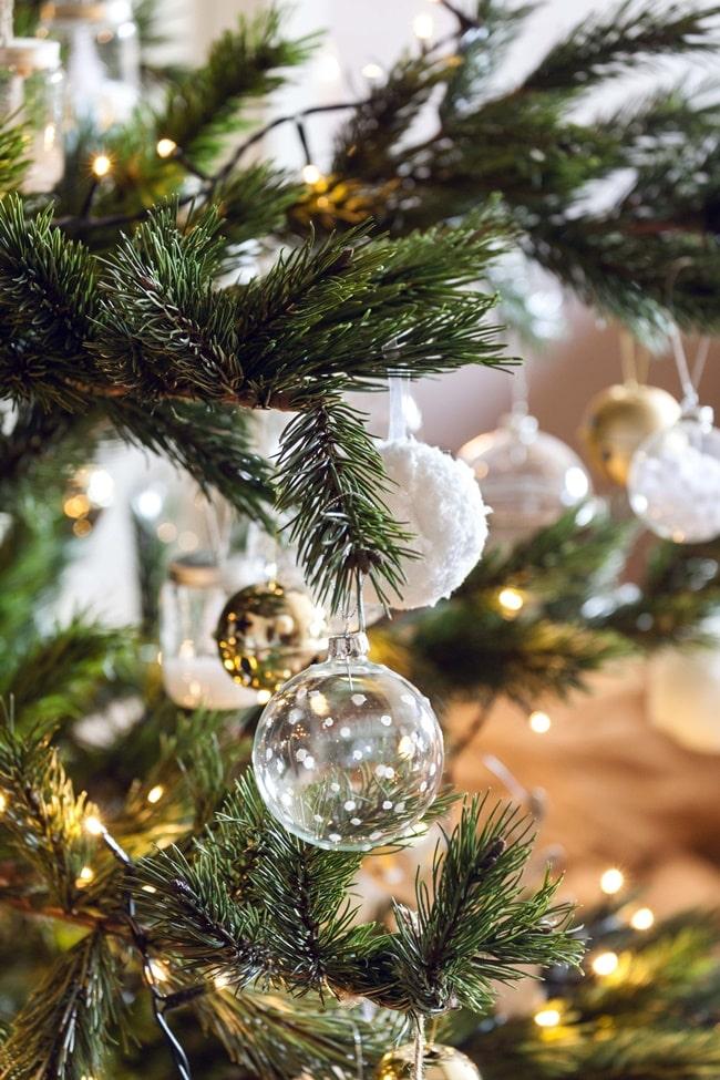 Adornos navideños transparentes
