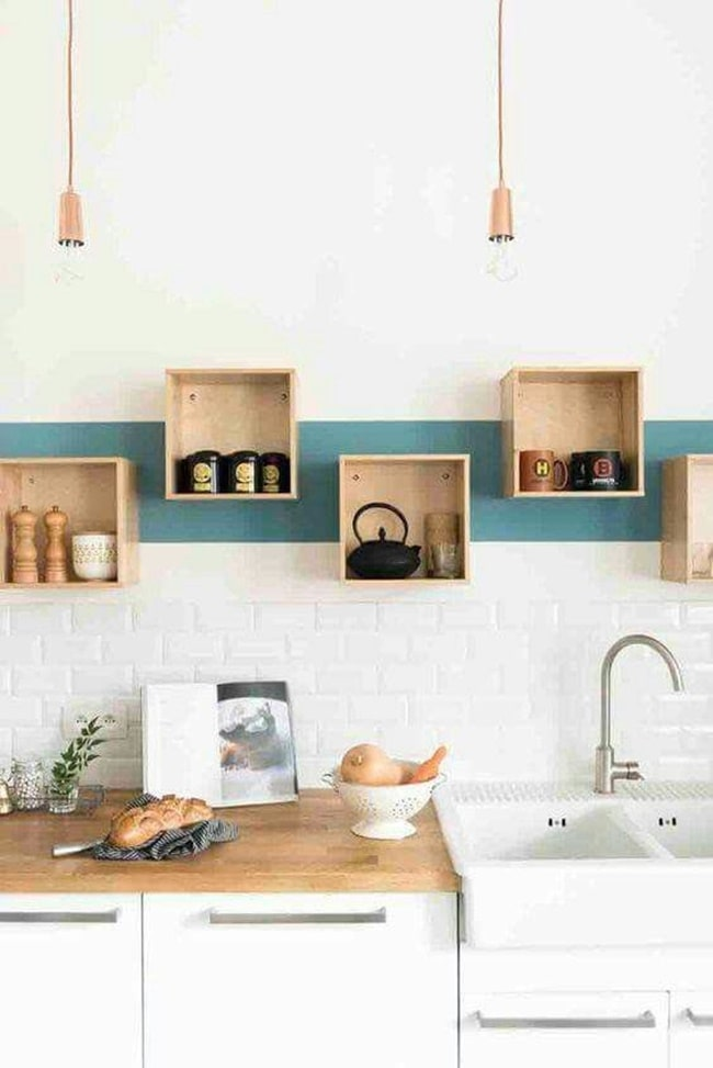 Cocinas actuales en blanco y madera